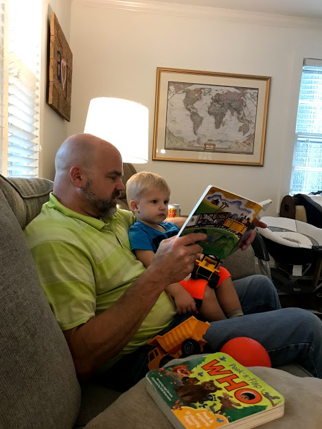 grandpa reading great books for one year olds
